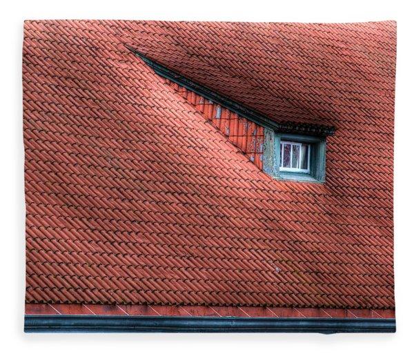Roof Line Fleece Blanket