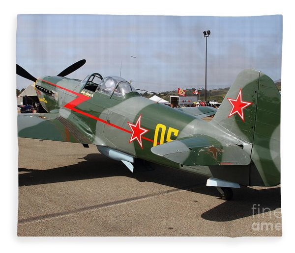Yak 9u Airplane . 7d15792 Fleece Blanket