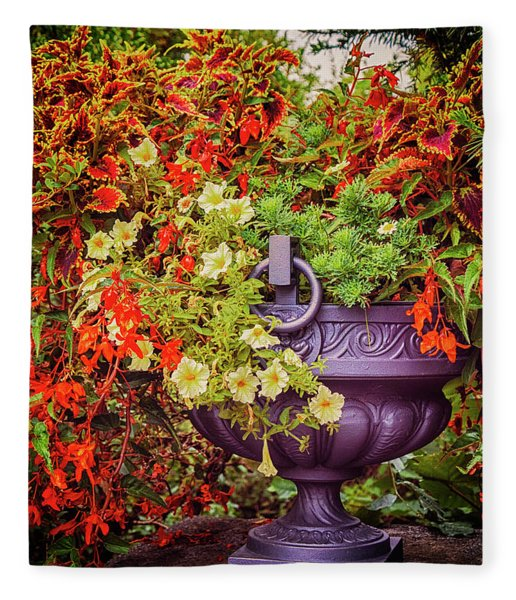 Decorative Flower Vase In Garden Fleece Blanket