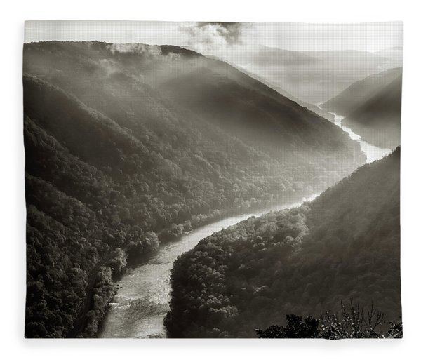 Grandview In Black And White Fleece Blanket
