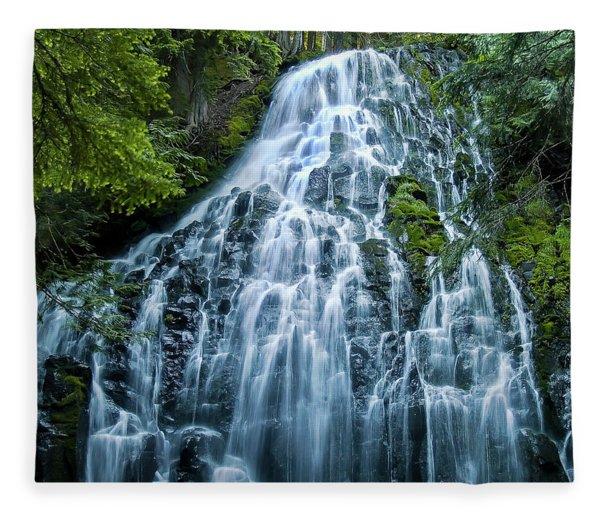 Ramona Falls Cascade Fleece Blanket