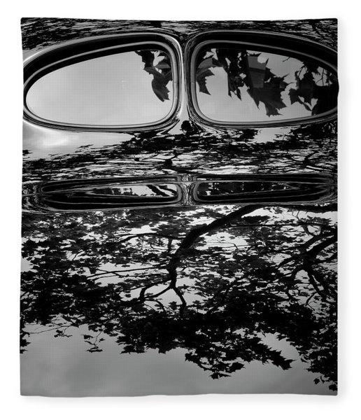 Abstract Reflection Bw Sq II - Vehicle Fleece Blanket