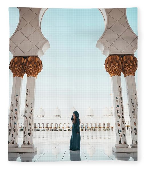 Abu Dhabi Mosque Fleece Blanket
