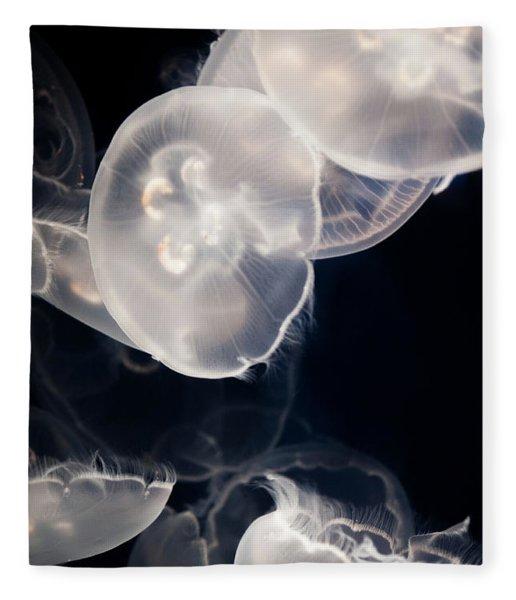 Aquarium Of The Pacific Jumping Jellies Fleece Blanket