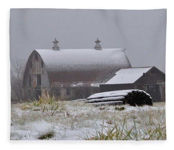 Barn In Winter Fleece Blanket