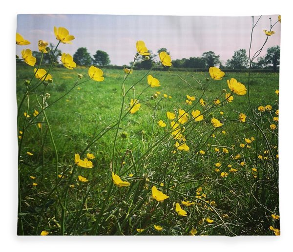 Buttercups Meadow Fleece Blanket