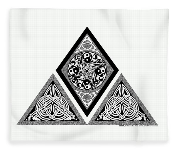 Celtic Pyramid Fleece Blanket