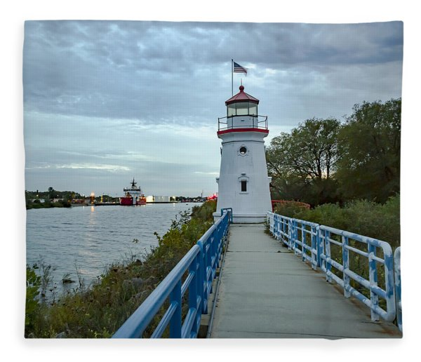 Cheboygan Crib Lighthouse Lake Huron, Lower Peninsula Mi Fleece Blanket