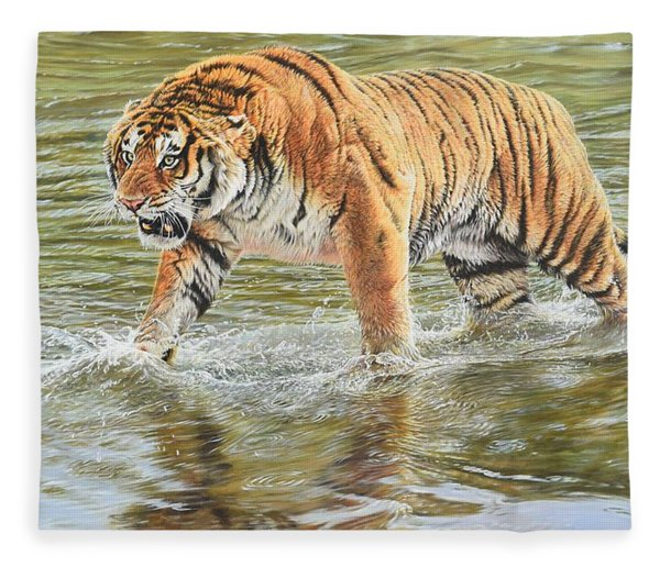 Fleece Blanket featuring the photograph Closing In by Alan M Hunt