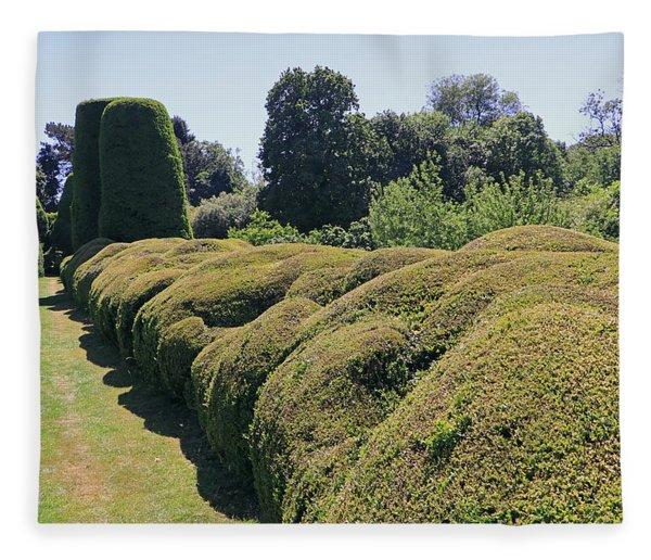 Cloud Pruned Hedge Fleece Blanket