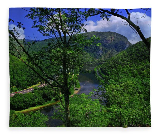 Fleece Blanket featuring the photograph Delaware Water Gap by Raymond Salani III