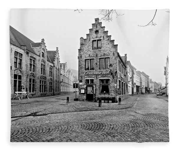 Fleece Blanket featuring the photograph Empty Streets In Bruges On A Misty Morning by Barry O Carroll