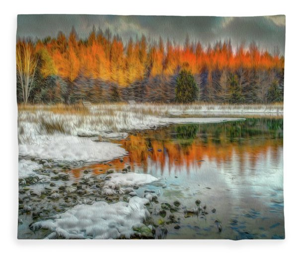 First Light At 3 Springs Fleece Blanket