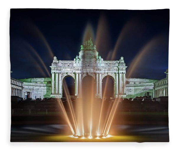 Fleece Blanket featuring the photograph Fountain In Parc Du Cinquantenaire - Brussels by Barry O Carroll