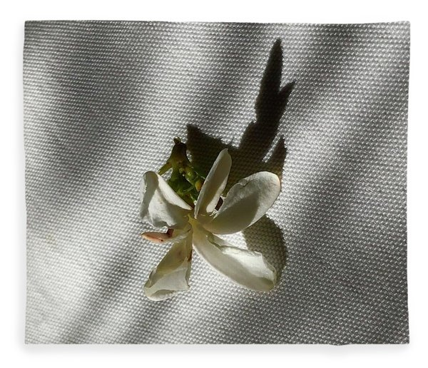 Gardenia On Tablecloths  Fleece Blanket