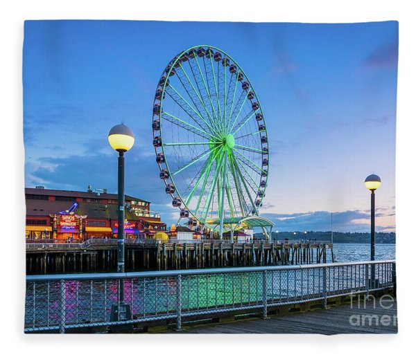 Great Wheel Sunset Fleece Blanket