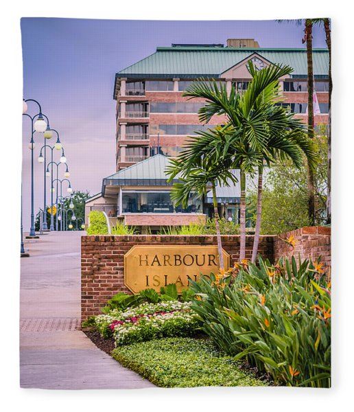 Fleece Blanket featuring the photograph Harbour Island Retreat by Carolyn Marshall