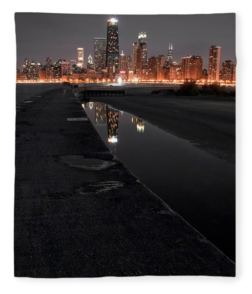 Chicago Hot City At Night Fleece Blanket