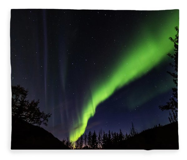 Kantishna Northern Lights In Denali National Park Fleece Blanket