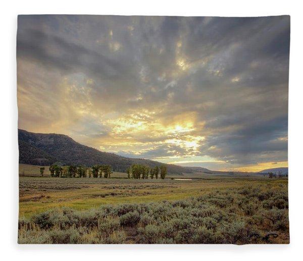 Lamar Valley Sunset Fleece Blanket