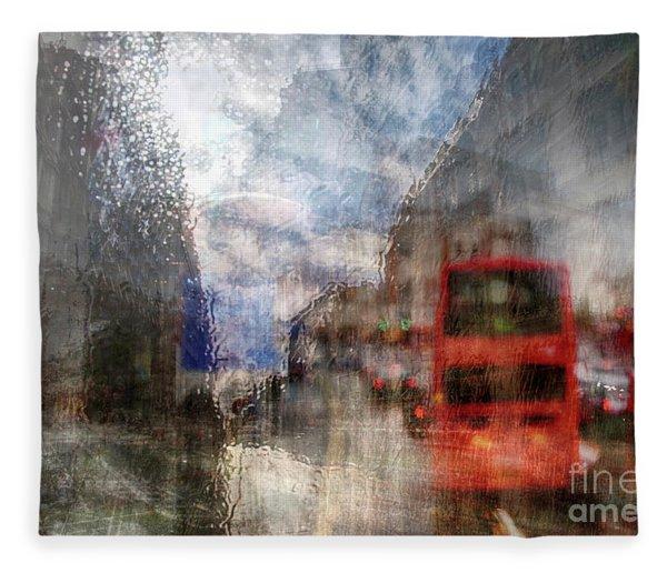 London In Rain Fleece Blanket