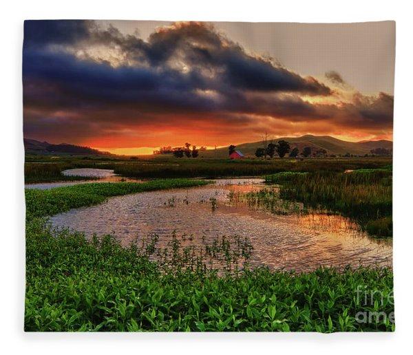 Los Osos Valley Fleece Blanket