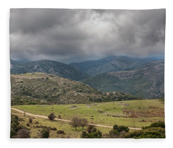 Mountains And Clouds Fleece Blanket