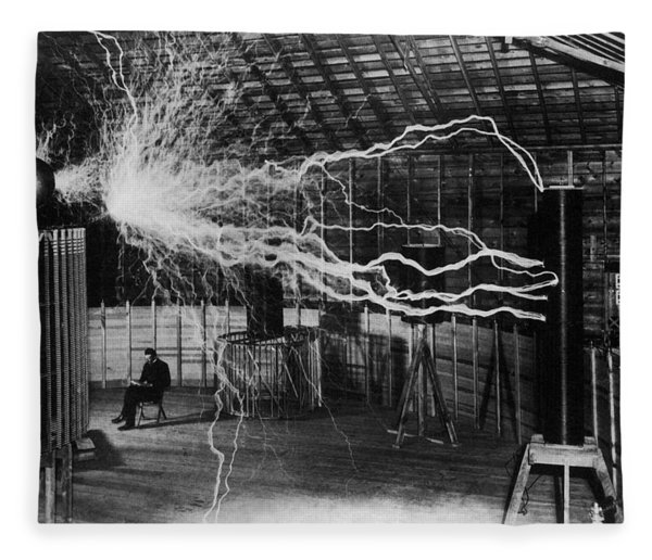 Nikola Tesla - Bolts Of Electricity Fleece Blanket