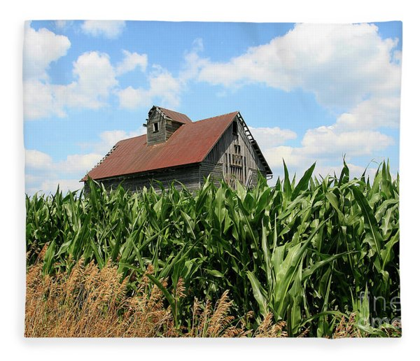 Old Corn Crib Fleece Blanket