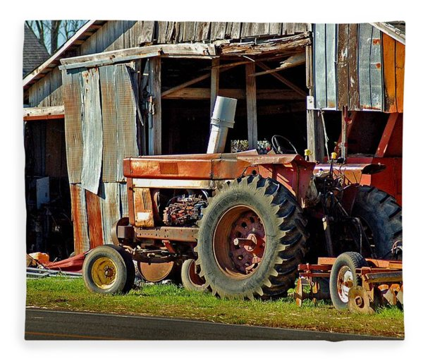 Old Red Tractor And The Barn Fleece Blanket