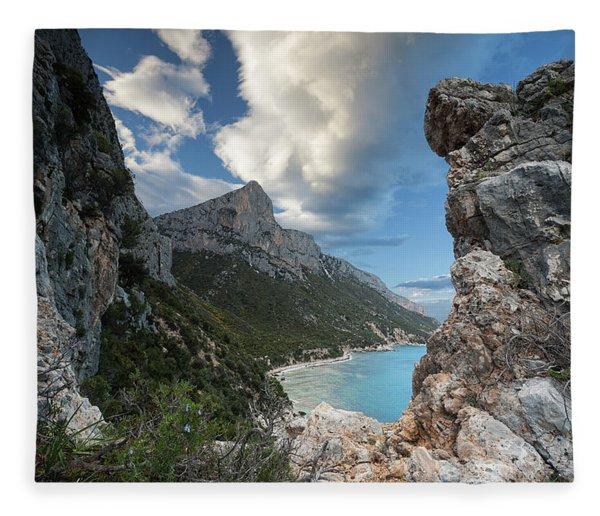 Pedra Longa Rocks Fleece Blanket