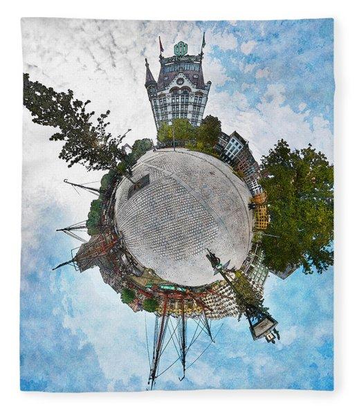 Planet Gelderseplein Rotterdam Fleece Blanket