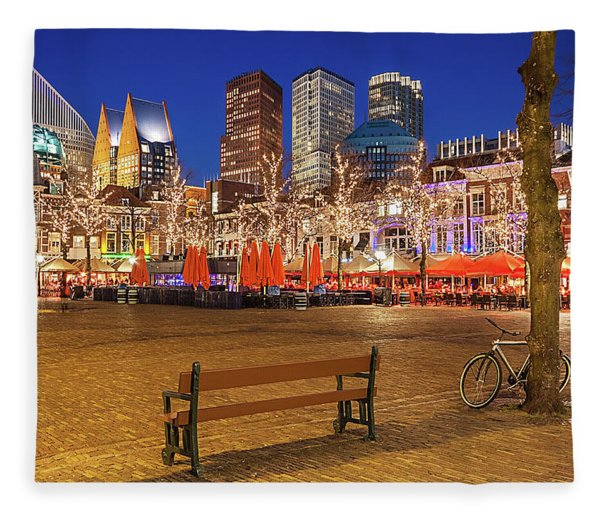 Fleece Blanket featuring the photograph Plein Square At Night - The Hague by Barry O Carroll
