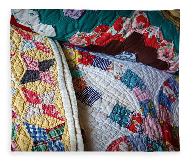 Quilted Comfort Fleece Blanket