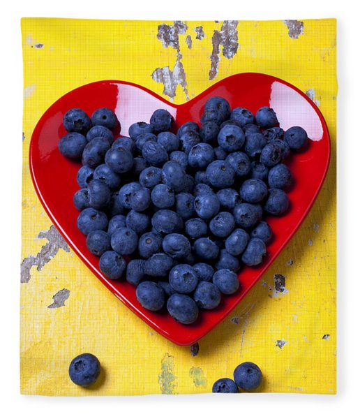 Red Heart Plate With Blueberries Fleece Blanket