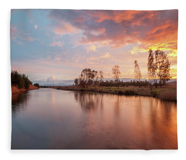 Red Sunset On The Pond Fleece Blanket