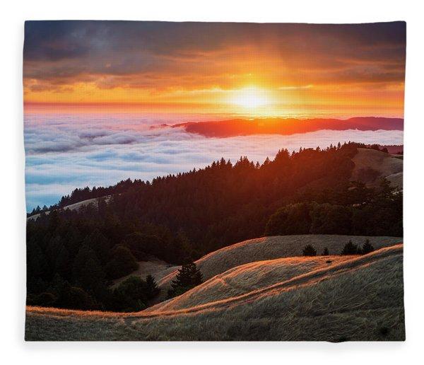 Rolling Hills And Ridges Fleece Blanket