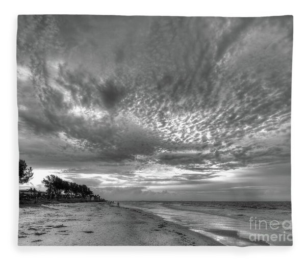 Sanibel Island Sunrise In Black And White Fleece Blanket