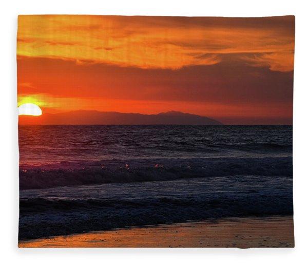 Santa Catalina Island Sunset Fleece Blanket