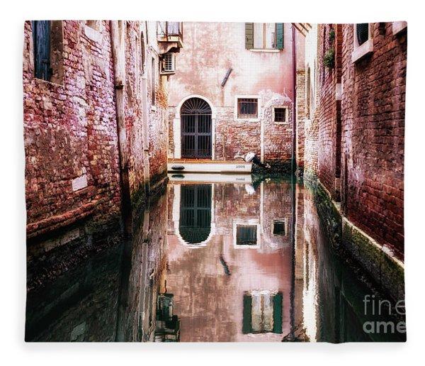 Secluded Venice Fleece Blanket