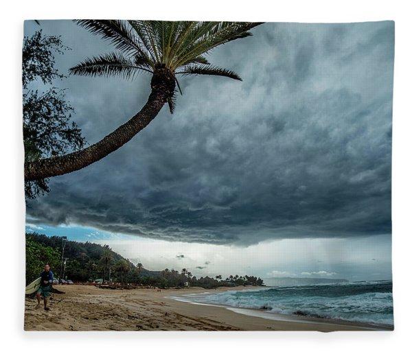 Storm Cloud Palm Fleece Blanket