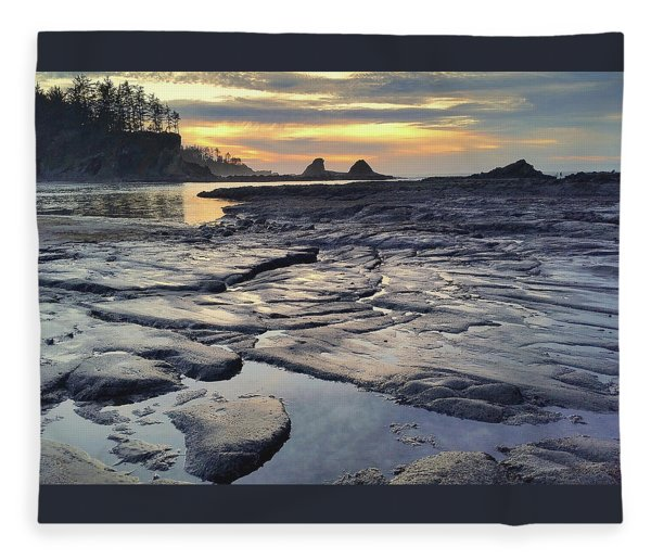 Sunset Glow Fleece Blanket