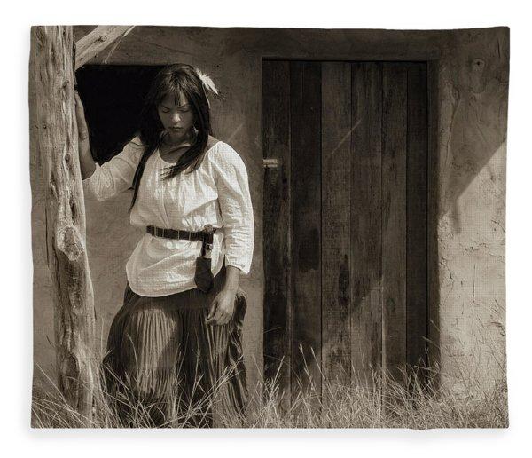 Tanajsia Fleece Blanket