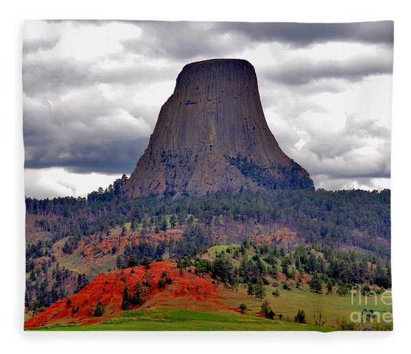 The Devils Tower Wy Fleece Blanket