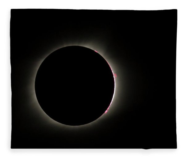 Total Eclipse Solar Flares Fleece Blanket