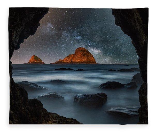 Tunnel View Nights Fleece Blanket