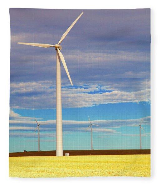 Turbine Formation Fleece Blanket