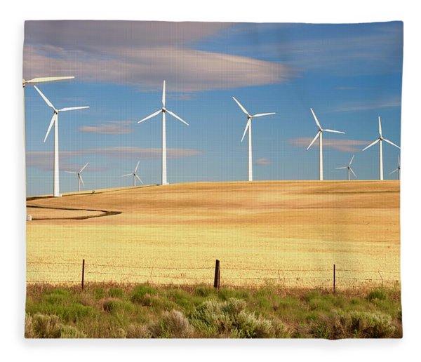 Turbine Line Fleece Blanket