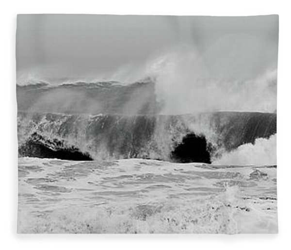 Two Waves Are Better Than One - Jersey Shore Fleece Blanket