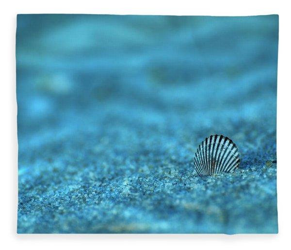 Underwater Seashell - Jersey Shore Fleece Blanket